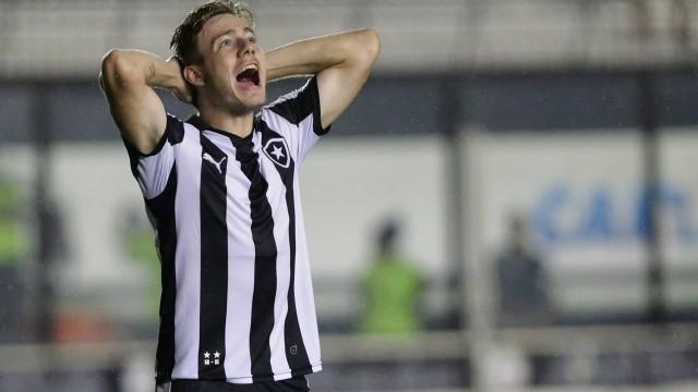 Botafogo abre mão de preferência  e libera Luis Henrique
