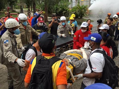 Simulado treina moradores para atuar em casos de emergência