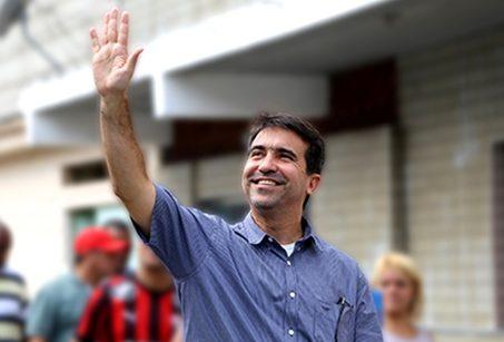 Jorge Miranda retorna ao cargo de prefeito em Mesquita