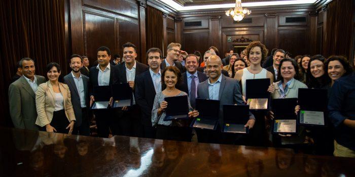 Mesquita conclui participação no Lidera Rio com prêmio para projeto de coworking municipal