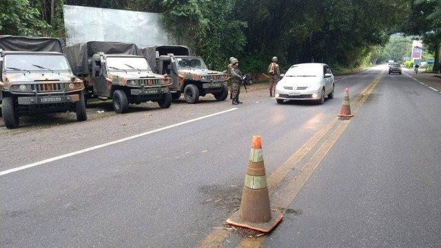 Forças de segurança fazem operação contra roubo de carga em rodovias do Rio