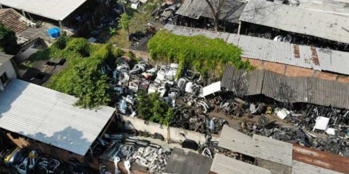 Força-tarefa impede ferros-velhos de vender peças roubadas na Baixada