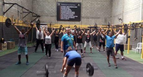Belford Roxo promove curso de  levantamento de Peso Olímpico