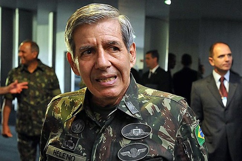 General Heleno quer atiradores  de elite contra os criminosos