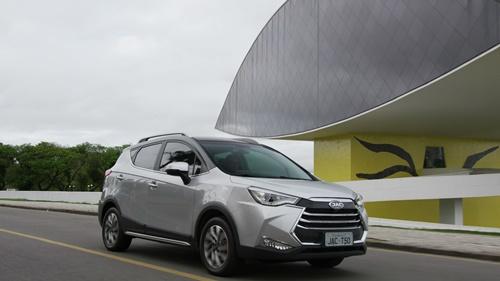 PRIMEIRA VOLTA – JAC apresenta SUV T50 e anuncia novidades