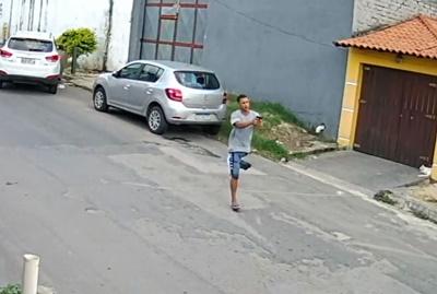 Assaltante de uma perna só  faz sucesso em Nova Iguaçu