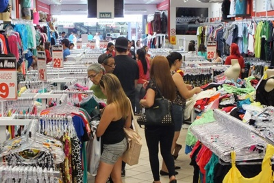 Comércio mantém volume de vendas