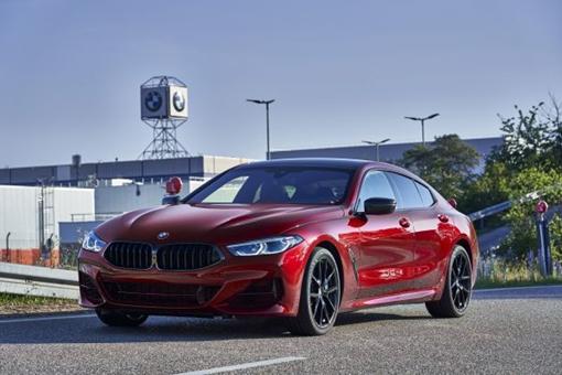 Entram em produção na Alemanha novas versões do BMW Série 8