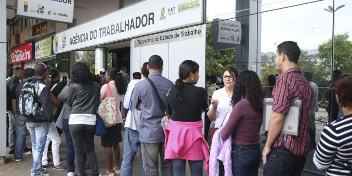 Taxa de desemprego recua em 10 das 27 unidades da Federação