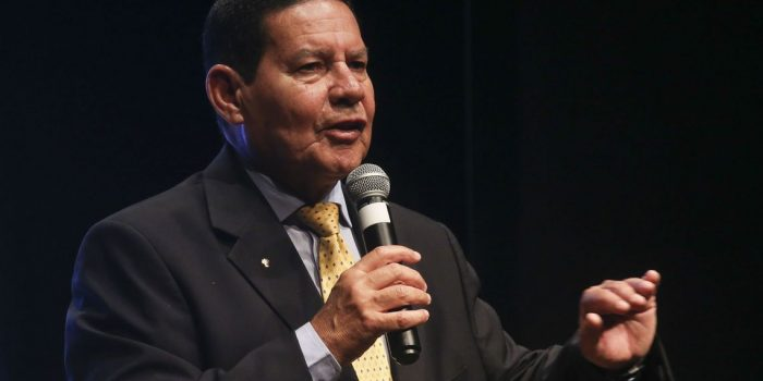 Mourão diz que objetivo principal do governo é a reforma tributária