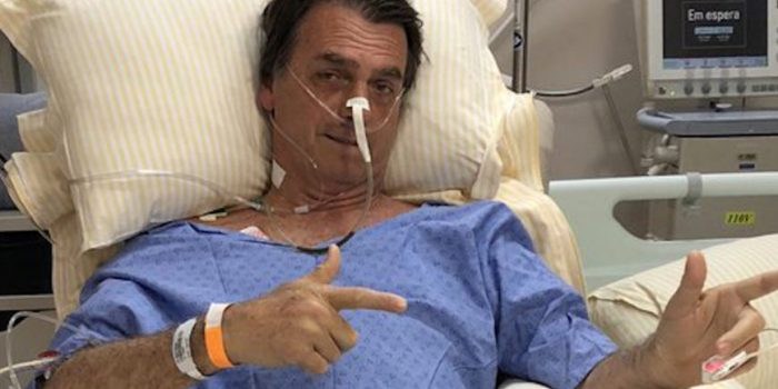 Bolsonaro deixa hospital em São Paulo e volta para Brasília