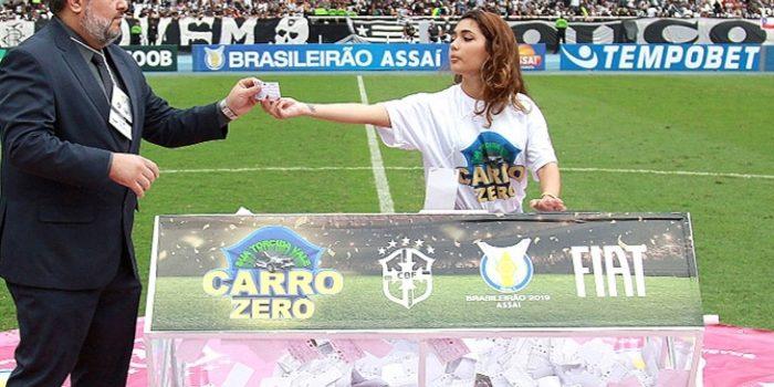 Esposa de dirigente do Botafogo vence sorteio de carro sem estar presente no estádio