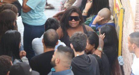 Velório de Bunitinho é marcado por homenagens; Jojo Todynho comparece