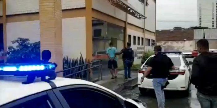 Policiais da Delegacia de atendimento a mulherde Nova Iguaçu prendem Homem acusado de estupro