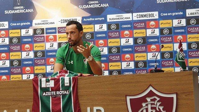 Nenê adere campanha e usará a 24 do Fluminense na Sul-Americana: 'Representatividade'