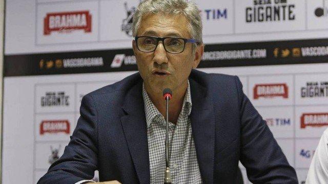 Vasco: Campello justifica novo contrato com Fellipe Bastos: 'Teve 2019 muito positivo'