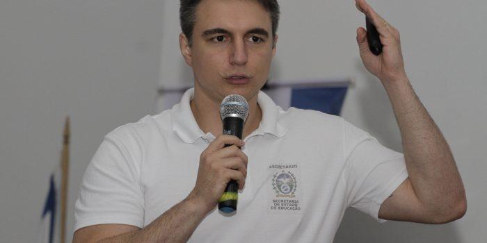 Pedro Fernandes, secretário estadual de Educação, é investigado por desvio de dinheiro