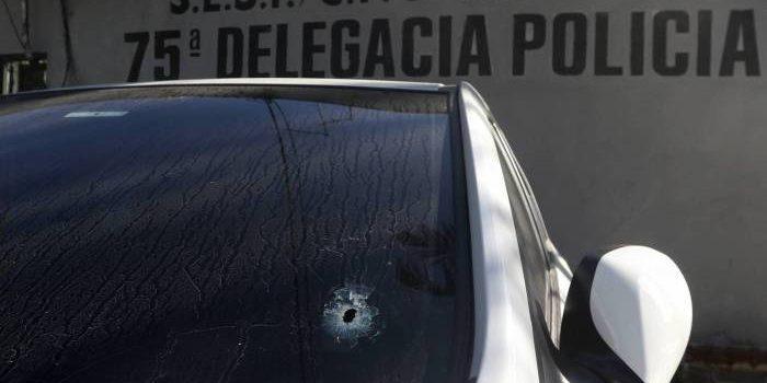 PM prende homem suspeito de atirar em carro de idosos que entraram por engano em comunidade de São Gonçalo
