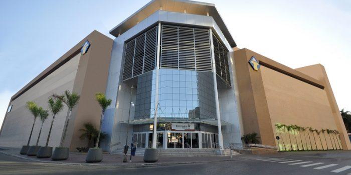 TopShopping volta a funcionar em horário normal e Casa do Celular inaugura loja no mall