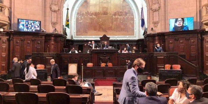 Conselho de Ética da Alerj decide se aceita denúncia contra deputados que tinham sido presos