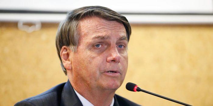 Bolsonaro diz que está aberto a sugestões para recuperação da economia