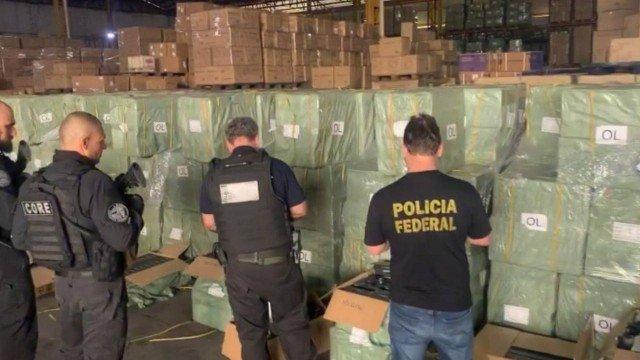 Operação apreende mais 34 mil aparelhos de 'TV Box' em Resende; Polícia estima prejúizo de R$ 26 milhões