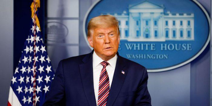 Trump diz, sem evidências, que vence eleição se contarem votos legais