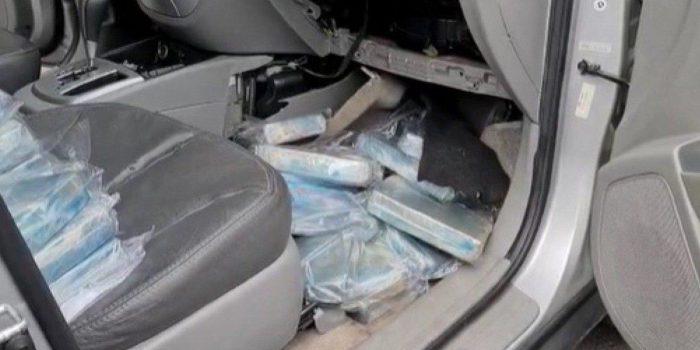 PF prende homem transportando cerca de 50kg de cocaína na Baixada