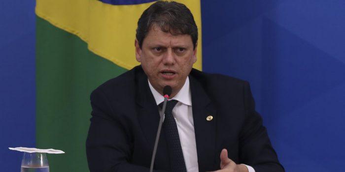 Freitas diz que o PIB mostra que o país está no caminho certo