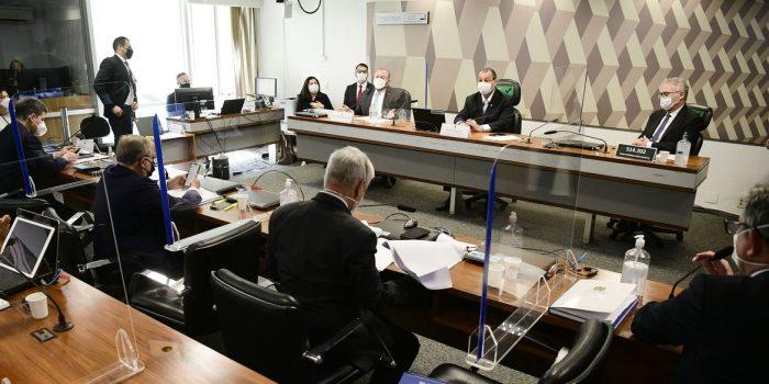 Deputado estadual do AM ataca Aziz em depoimento na CPI da Pandemia