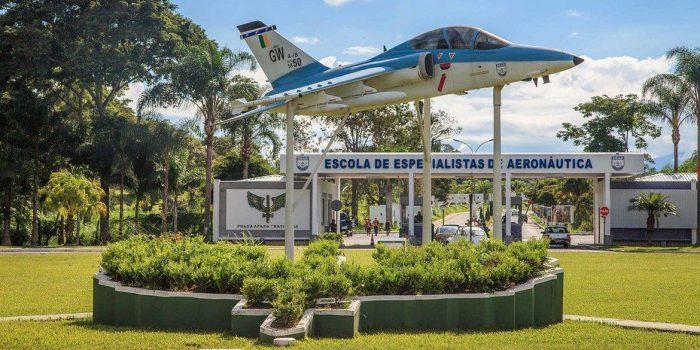 Bolsonaro: militares têm a obrigação de garantir a liberdade