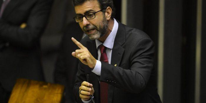 Freixo anuncia saída do Psol e pré-candidatura ao Governo do Rio pelo PSB