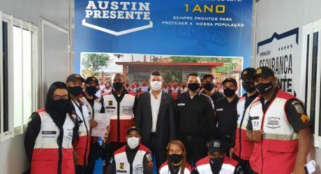 Deputado DR  Deodalto homenageia agentes do programa segurança presente de Austin