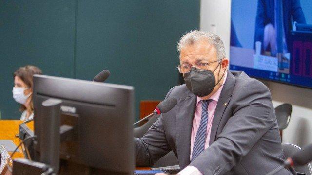 INSS: deputado quer que MPF investigue vazamento de dados de aposentados para empréstimos consignados irregulares