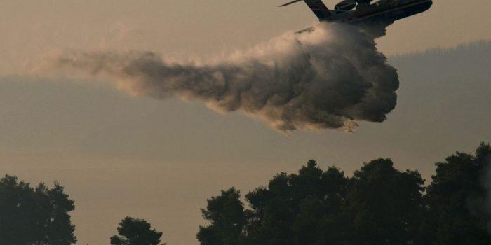 Grécia começa a avaliar danos após semana de incêndios devastadores