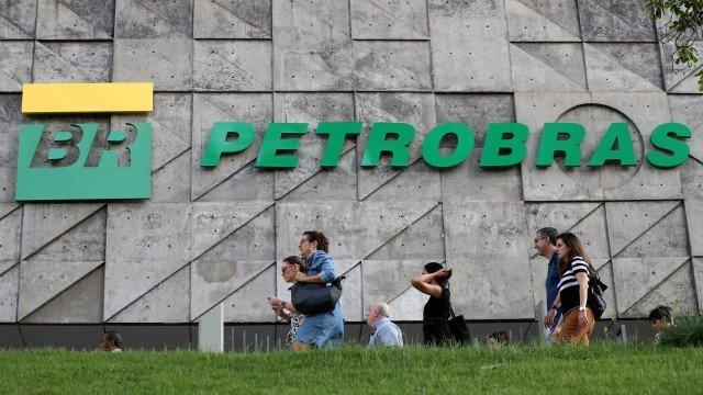 Petrobras anuncia novo reajuste no preço da gasolina, que já subiu 51% este ano