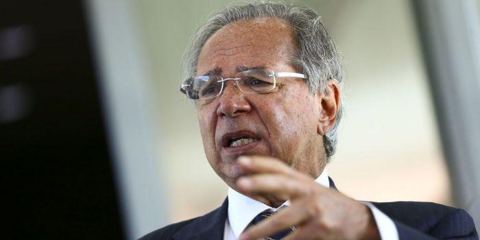 """Ministro defende aumento """"modesto e moderado"""" para Bolsa Família"""