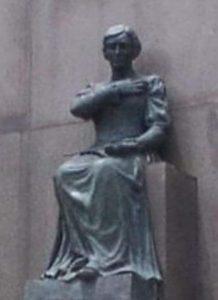 Resultado de imagem para estatua de dedoro da fonseca